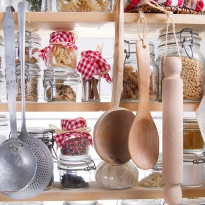 10 Things You Need In A Stocked Food Pantry To Save Money