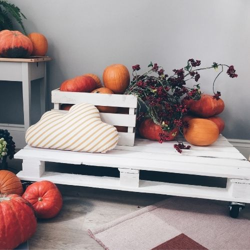 21 DIY Wood Pallet Projects